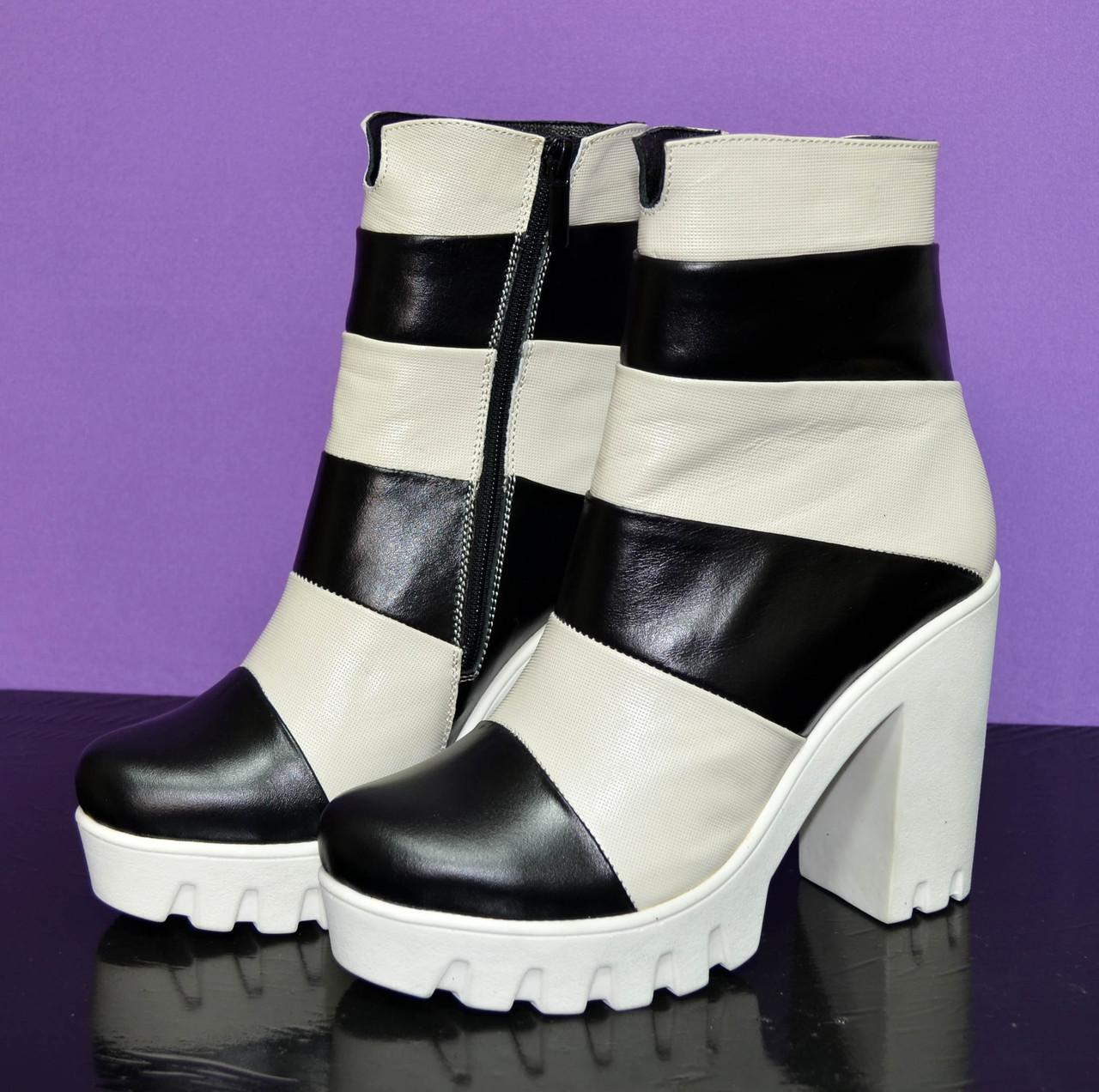 ee23600517d016 Женские зимние ботинки на белой тракторной подошве, натуральная кожа,  бежево-черные