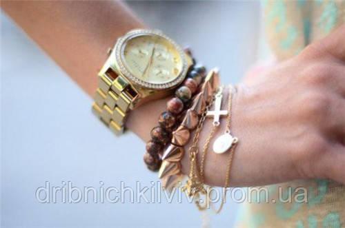 Часы женские на браслете
