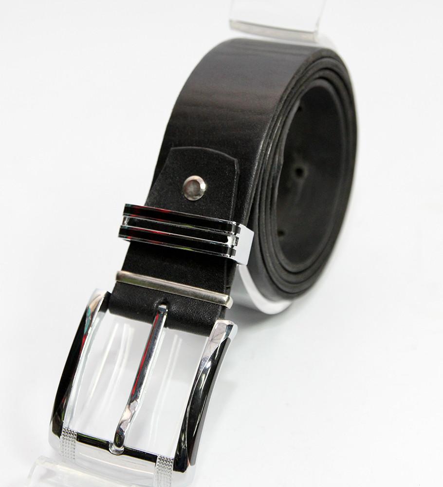 Кожаный ремень с классической пряжкой.(115)