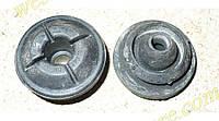 Втулка резинка подушка крепления радиатора нижняя Ланос Сенс Авео Lanos Sens Aveo GM 96536643\96184140