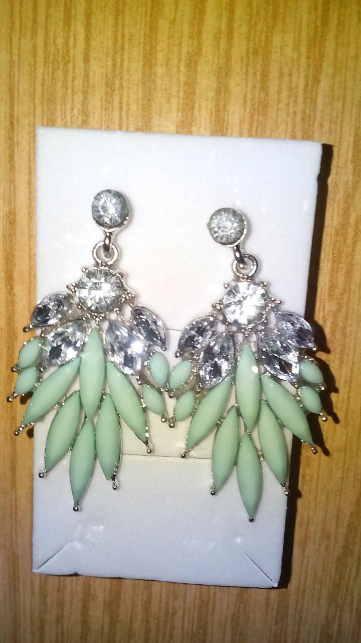 Зеленые серьги с кристаллами