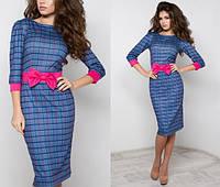 Трикотажное платье ниже колен с бантом в клетку, фото 1