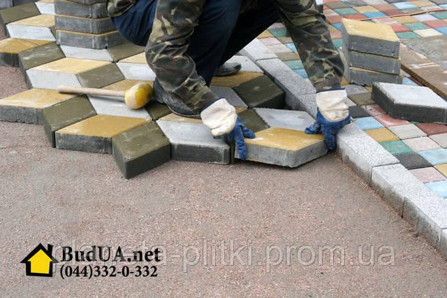 Услуги по укладке тротуарной плитки на площадь от 500 и больше