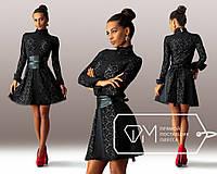 Красивое вечернее черное платье со вставками гипюра и кожаным поясом . Арт-3267/23