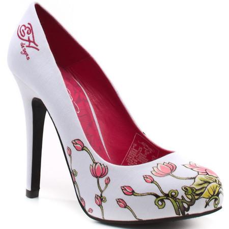Обувь. Товары и услуги компании