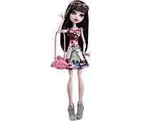Кукла Monster High Дракулаура из серии Бу Йорк (Boo York Draculaura)