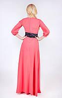 Молодежное платье с широким атласным поясом