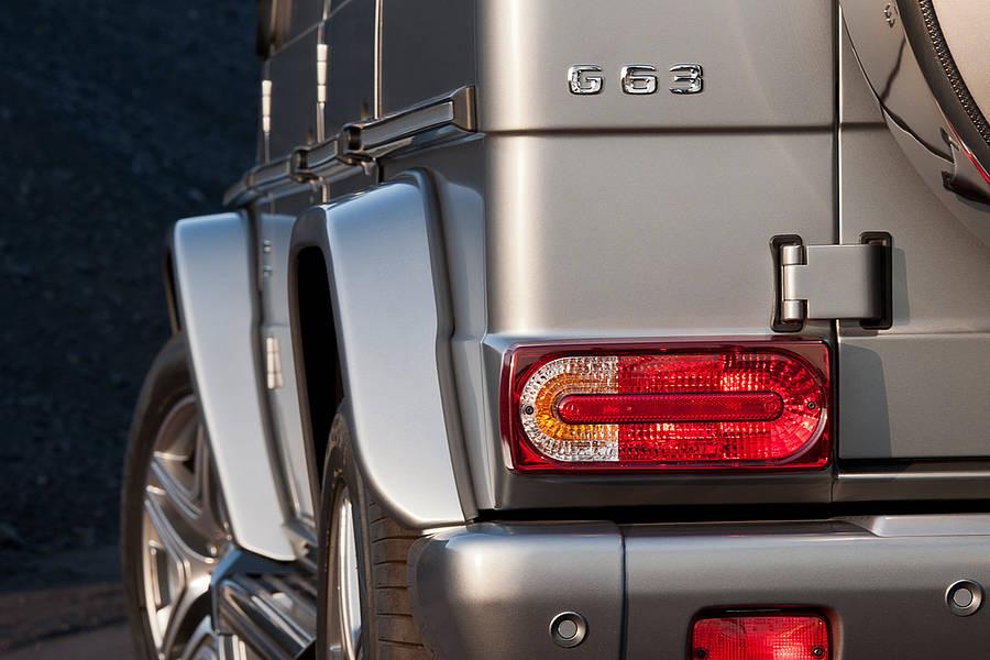 Стопы фонари рестайлинг оптика Mercedes W463 G class