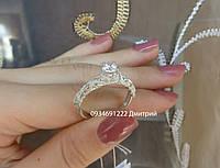 Элегантное серебряное кольцо с фианитом
