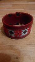 Красный кожаный браслет с вышивкой 1