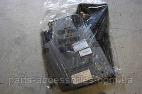 Килимки сірі велюрові передні задні Toyota Highlander 2008-2011 нові оригінальні