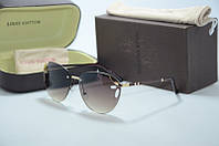Солнцезащитные очки Louis Vuiiton с золотым ободком