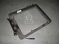 Рамка решеток капота передних МТЗ 1221,920,952 (производитель МТЗ) 90-8402030