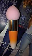 Кисть-спонж Beauty Blender для тональной основы оранжевая
