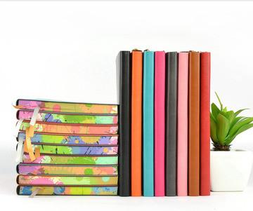 Дневники, блокноты, альбомы, бумага.