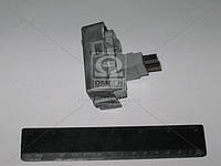 Щеткодержатель генератора ГАЗ,ПАЗ,УАЗ в сборе с интегрубой реле (производитель Россия) 3205-3702000