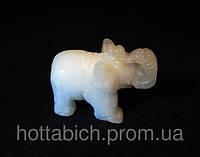 Сувенир слоник из камня адуляр