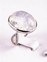 Кольцо с лунным камнем в серебре