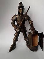 Фигура Рыцаря из латуни с баром 44 см, ручная работа
