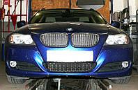 Декоративно-защитная сетка радиатора BMW 3 (E90) фальшрадиаторная решетка (ноздри)