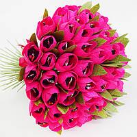 Огромный букет из темно-розовых тюльпанов