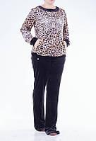 Женский спортивный костюм с леопардовым принтом