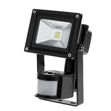 Прожектор LED 10W с датчиком движения и сумерек 6400K