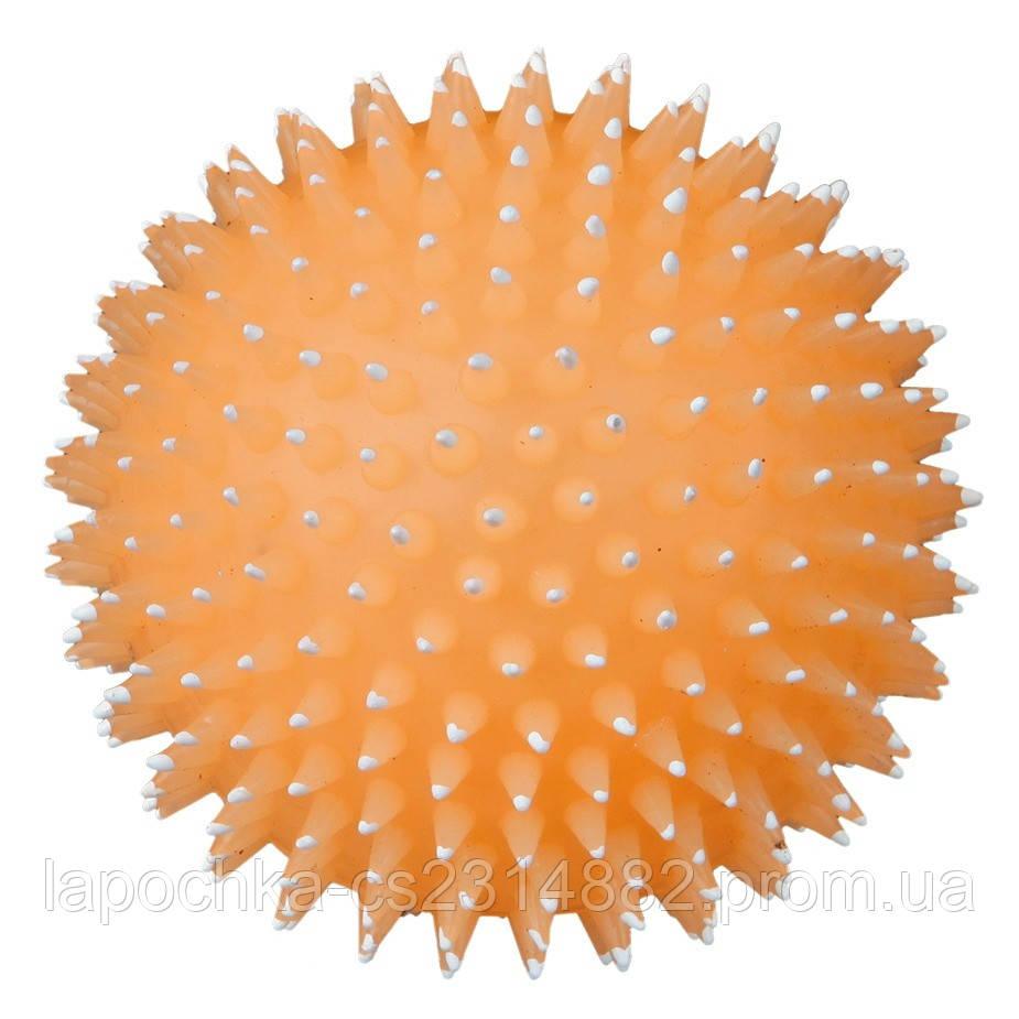 Игрушка для собак Trixie Мяч фосфоресцентный, игольчатый с пищалкой, винил 10 см ( цвета в ассортименте)