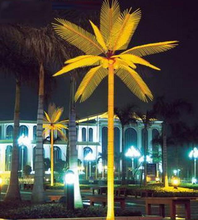 Светящаеся дерево пальма.
