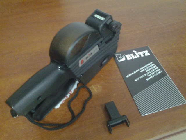 этикет пистолет Blitz S10 купить