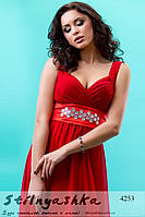 Красивое длинное платье красное