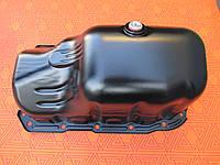 Масляный поддон двигателя новый для Fiat Doblo 1.4 инжектор. Поддон мотора Фиат Добло 1.4 бензин.
