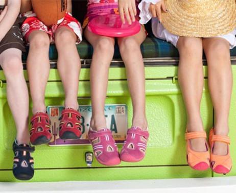Подростковая и детская летняя обувь