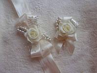 Оригинальные бутоньерки для жениха и невесты