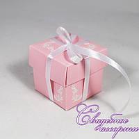 Бонбоньерка для конфет розового цвета