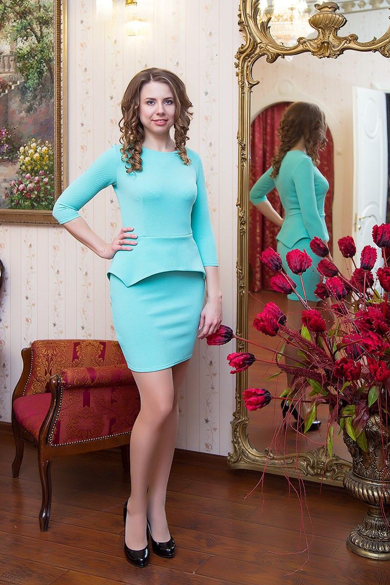 Платье женское с баской Jennifer ― Ментоловый