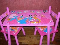 Деревянный столик со стульчиками M 1109 Принцессы