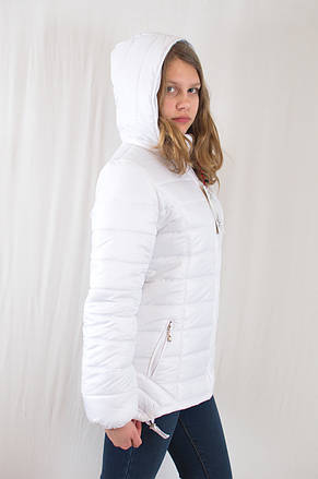 Красивая модная демисезонная женская куртка с капюшоном, р.42., фото 3