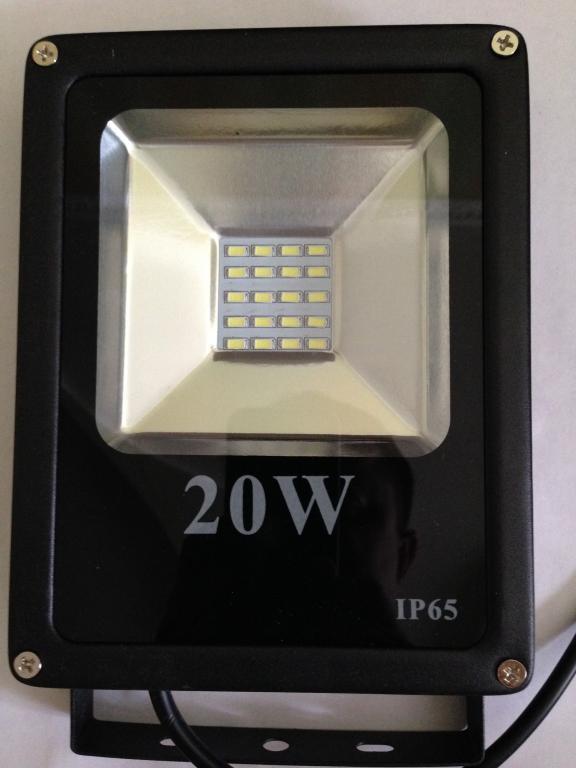 Прожектор LED Светодиодный плоский 20 W Акция !!!