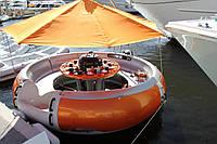 Лодка с встроенным грилем BBQ-donut