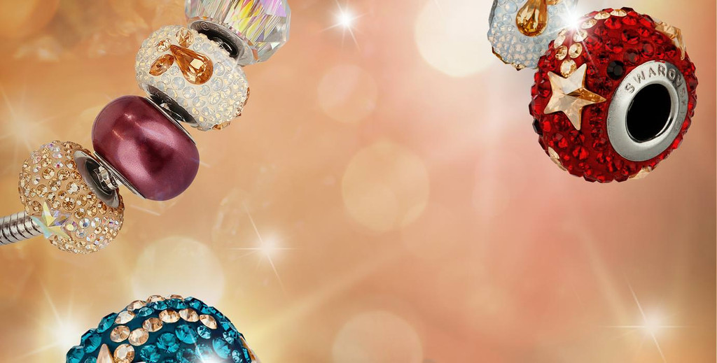 Подвески и бусины от компании Swarovski - беспроигрышный вариант подарка для любимых женщин!
