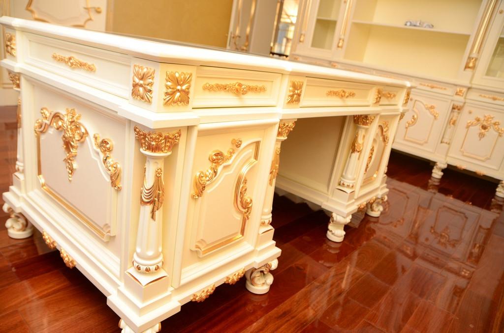 Мебель с резным декором  8
