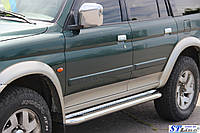 Mitsubishi Pajero Sport 1996-2007 гг. Боковые площадки Premium (2 шт., нерж.) 42 мм