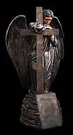 Скульптура Украина. Скульптура Ангела на кладбище из литьевого мрамора 175 см под бронзу
