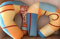 Подушка ортопедическая - подкова с гречневой шелухой (тик)