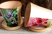 Глянцевые горшки для цветов с рисунками.