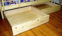 ТИС; деревянный ящик для кровати