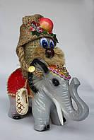 Оберег домовенок на слоне