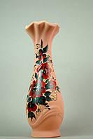Стильная ваза с красными цветочками