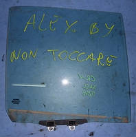 Стекло двери заднее правоеHondaCR-V 2002-2006